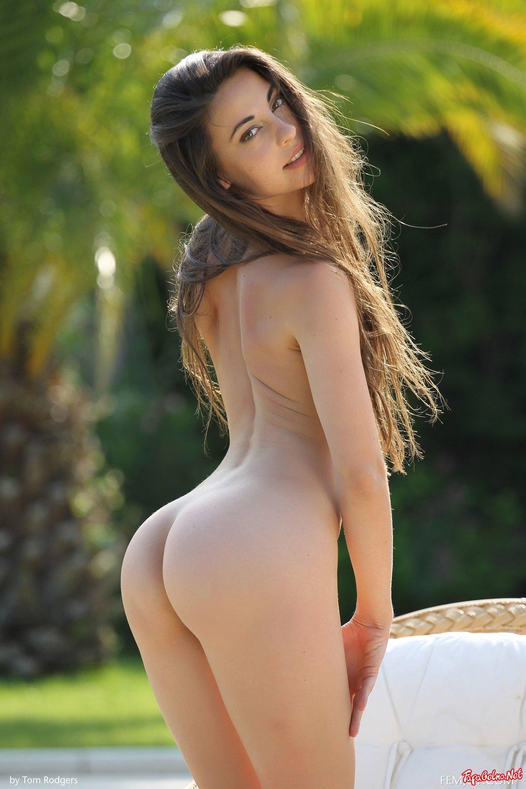 Spanish Naked Women Pics