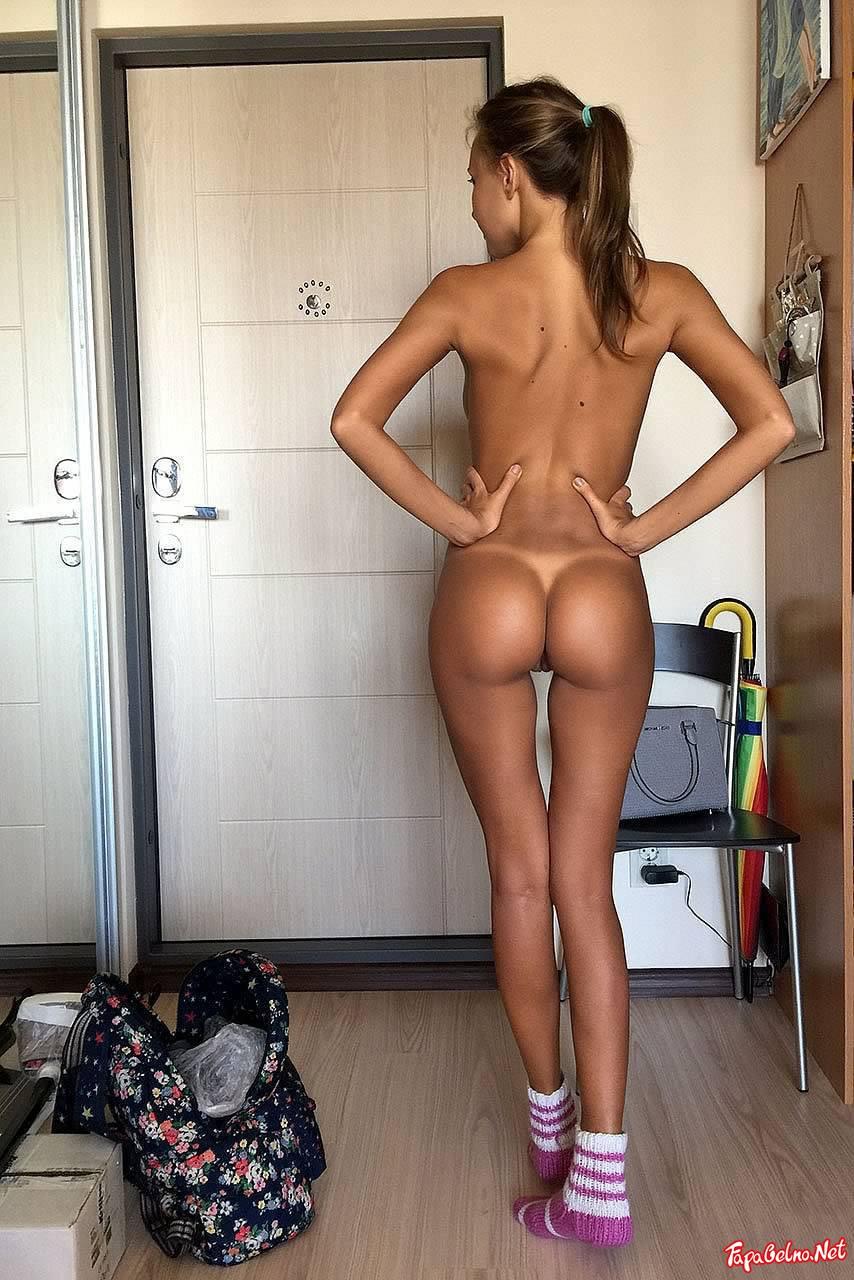 Perfect Ass Skinny Redhead Teen Amazing Thigh Gap Asshole